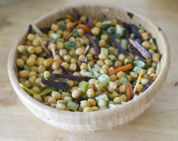 receta ensalada-templada-garbanzos macrobiotica